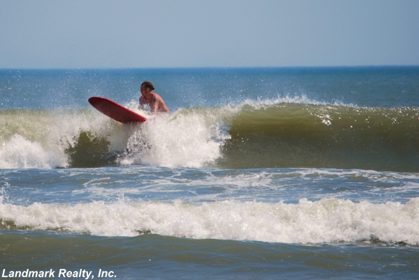 Vilano Beach surfing