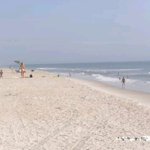 pier-point-condo-wide-sandy-beach