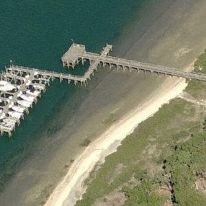 pelican-reef-docks