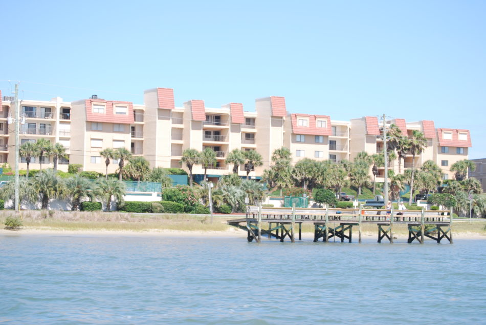 Windjammer condo Crescent Beach